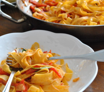 Fettuccine Roasted Red Pepper and White Wine Sauce
