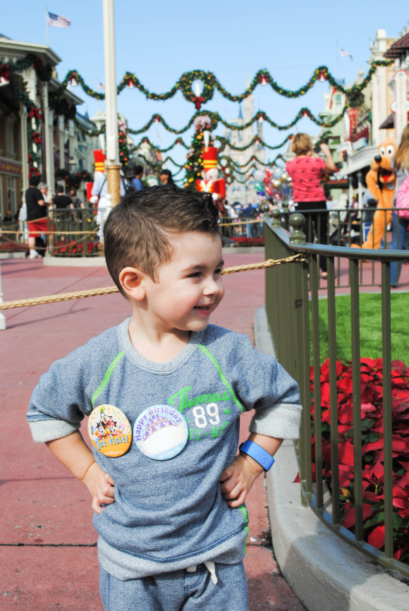 Mediterranean Baby goes to Disney (3 of 14)