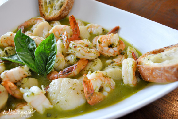 Pesto Scallops and Shrimp Mediterranean Baby (14)