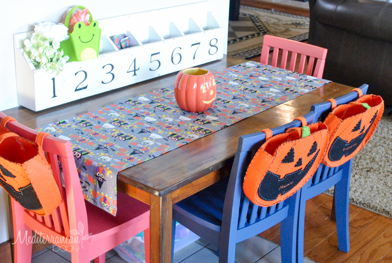Diy kids table runners mediterranean babymediterranean baby whether its for your kitchen table a coffee table or your kids activity table you wont believe how easy it is to make seasonal runners for your kids workwithnaturefo